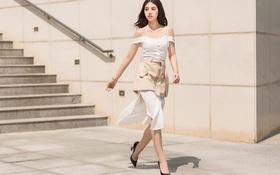 Không màu mè, Jolie Nguyễn vẫn hút mọi ánh nhìn trên phố nhờ phong cách gợi cảm khó cưỡng
