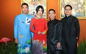Dàn sao diện áo dài rạng rỡ tham dự công diễn Đêm Hoa Lệ