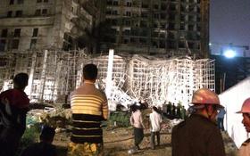 Đà Nẵng: Sập giàn giáo ở tòa nhà Luxury Apartment, ít nhất 4 người bị thương