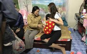 Bà ngoại của bé gái bị mẹ đánh vì làm mất gói kẹo: Tâm lý con tôi không ổn định sau khi du học về