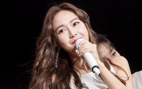 """Jessica đốt cháy sân khấu """"Influence Asia 2017"""" với hit solo"""