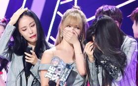 T-ara lần đầu giật cúp sau 5 năm bị tẩy chay: Khi tình yêu chiến thắng sự thù ghét