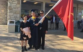 Kỳ thủ Lê Quang Liêm tốt nghiệp loại xuất sắc Đại học Mỹ