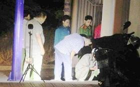 Hai cô gái trẻ bị nhóm thanh niên đâm gục trong đêm ở Sài Gòn