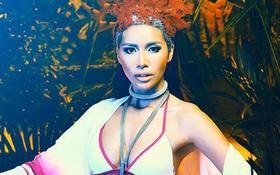 """Minh Tú liên tục bị giám khảo """"Next Top châu Á"""" nhắc nhở vì lúc nào cũng sexy"""