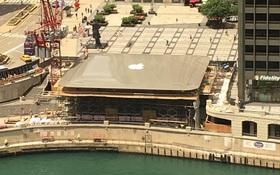 Apple chơi trội khi mang cả MacBook Air khổng lồ làm mái cửa hàng Apple Store