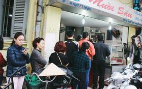 Người Hà Nội dậy sớm, xếp hàng chờ mua bánh trôi bánh chay đón Tết Hàn thực