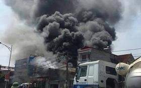 Hà Nội: Cháy kinh hoàng tại xưởng sản xuất bánh kẹo, 8 người tử vong