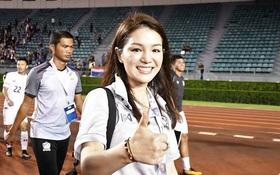 """Trưởng đoàn xinh đẹp của Thái Lan: """"U22 Việt Nam là đối thủ lớn nhất"""""""