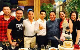 """Seungri (Big Bang) khoe ảnh dự tiệc sinh nhật, gọi chủ tịch Tân Hoàng Minh là """"cha"""""""