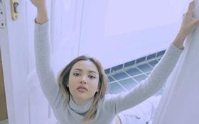Hãy nhìn tay Fung La trong bộ ảnh mới để biết đây là thời điểm đẹp nhất để bán kem dưỡng da tay