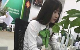 """Nữ giao dịch viên ngân hàng bị khách chụp lén rồi đăng ảnh lên Facebook nhờ """"tìm link"""" vì rất xinh"""