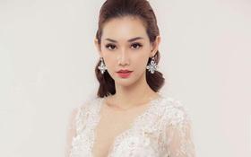 """MC Quỳnh Chi thẳng thắn đáp trả khi bị nói: """"Ly dị nhưng suốt ngày làm đẹp, váy áo"""""""