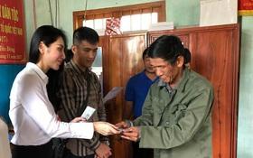 Thủy Tiên quyên góp hơn nửa tỷ đồng, cùng Công Vinh tới Phú Yên để trao cho đồng bào vùng lũ