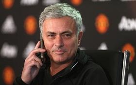 Cú điện thoại bất ngờ cho thấy Mourinho đang vô cùng hạnh phúc