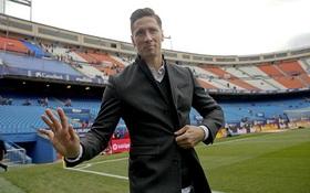 Torres bảnh bao sau tai nạn, chứng kiến Atletico thắng đậm Valencia