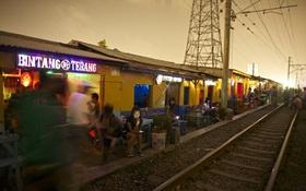 Thế giới tình dục ngầm trong các khu phố đèn đỏ bất hợp pháp ở Indonesia
