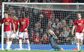 """""""Hãy nhìn cách Man Utd thi đấu hôm nay, tâm lý muốn một trận hòa"""""""