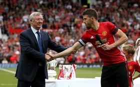 Dàn sao Man Utd một thời tề tựu trong trận đấu tôn vinh Carrick