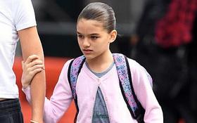 Quá xinh từ năm mới 11 tuổi, Suri Cruise được khen chắc chắn sẽ trở thành mỹ nhân
