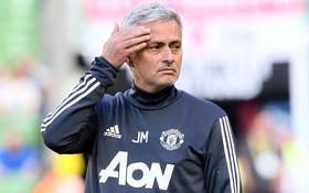 Jose Mourinho là huấn luyện viên tiêu tiền nhiều nhất thế giới