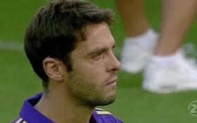 """""""Thiên thần"""" Kaka khóc như mưa trong ngày chia tay sự nghiệp cầu thủ"""