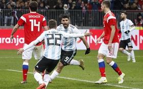 Aguero thay Messi sắm vai người hùng cho Argentina