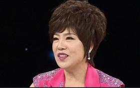Ly hôn sau 30 năm chung sống, nghệ sĩ Hàn cay đắng kể chuyện bị chồng cũ lừa gần 3000 tỷ đồng