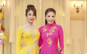 """Sau sự cố gương mặt sưng phù, Diệp Lâm Anh diện áo dài nền nã hội ngộ """"đàn chị"""" Kiwi Ngô Mai Trang"""