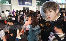 """Fan Việt """"chiếm đóng"""" nửa sân bay Tân Sơn Nhất chỉ để đón chờ WANNA ONE"""