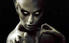 """Nhân dịp Halloween, cùng ôn lại loạt concept """"kinh dị"""" của """"Next Top Mỹ""""!"""