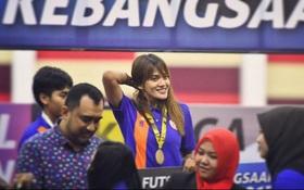 Bị tố bay đêm trước thềm SEA Games, nữ cầu thủ Malaysia kêu oan