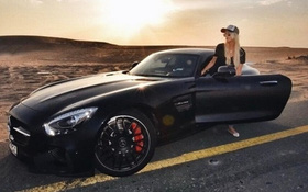 Cô gái trẻ hưởng thụ cuộc sống xa hoa tại Dubai nhờ công việc review cho các hãng siêu xe