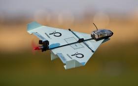 Thật khó tin nhưng chiếc máy bay giấy biết làm xiếc này đã nhận được 2 triệu USD tiền đầu tư