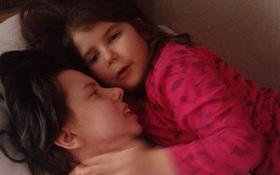 Rơi vào tình trạng hôn mê sau khi lâm bồn, 7 năm sau, người mẹ mới lần đầu tiên được gặp con