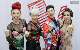 Netizen ví thời trang của bộ tứ HLV The Voice Việt 2017 như 2NE1 và... Võ Lâm Truyền Kỳ
