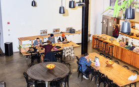 Đồ ăn miễn phí nơi công sở đang là xu hướng mới của các công ty hàng đầu
