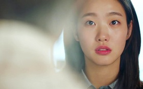 """""""Goblin"""": Xuất hiện thây ma đội mồ sống dậy, đe dọa cô dâu của Gong Yoo"""