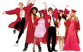 """Trailer """"hàng nhái"""" của """"High School Musical 4"""" với dàn sao cũ khiến fan thương nhớ"""