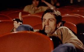 """Đọan kết """"yolo"""" của nam thanh niên đi xem phim một mình lại vô tình ngồi cùng người yêu cũ và bạn trai mới"""