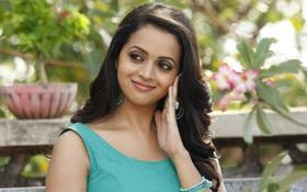 Nữ diễn viên Ấn Độ phủ nhận tin bị cưỡng hiếp tập thể và thông báo sắp kết hôn