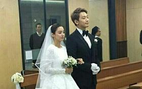 Rò rỉ hình ảnh hiếm hoi Kim Tae Hee và Bi Rain hạnh phúc thề nguyện bên trong đám cưới chỉ 24 triệu đồng