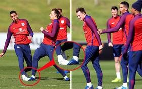 Cầu thủ Man Utd tự hại nhau ở tuyển Anh