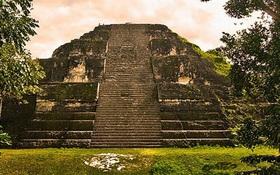 Quên kim tự tháp Giza đi, đây mới là kim tự tháp lớn nhất thế giới và nó không ở Ai Cập