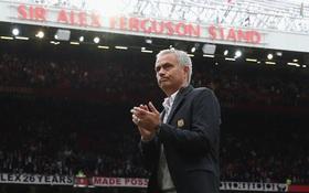 Man Utd thắng 8 trận liên tiếp: Sức mạnh tình yêu của Mourinho