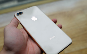 Trên iPhone 8 và iPhone 8 Plus thao tác khởi động lại máy là hoàn toàn mới, bạn cần biết ngay