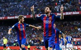 Barca sẽ bán tên sân Camp Nou để lót tay Messi gia hạn hợp đồng