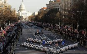 Trực tiếp: Đoàn xe hộ tống ông Obama cùng người kế nhiệm Donald Trump tới đồi Capitol