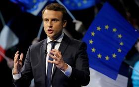 Emmanuel Macron: Từ cậu bé thích kết bạn với người lớn tuổi trở thành Tổng thống trẻ nhất lịch sử Pháp