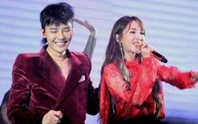Bao năm được gán ghép tình cảm với G-Dragon, Dara cuối cùng đã thổ lộ lòng mình